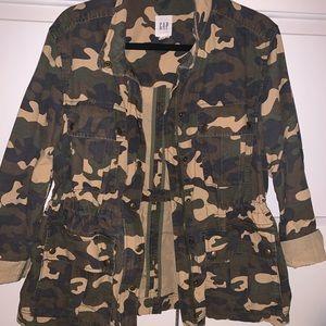 Gap camo print utility jacket